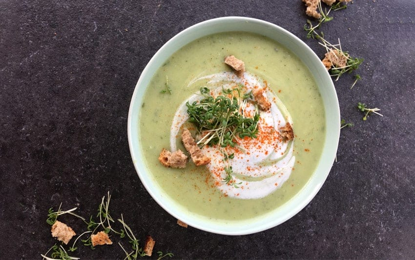 Ayurvedische Brokkolicremesuppe (vegan) – Rezept
