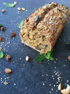 Zucchini-Haselnuss-Brot
