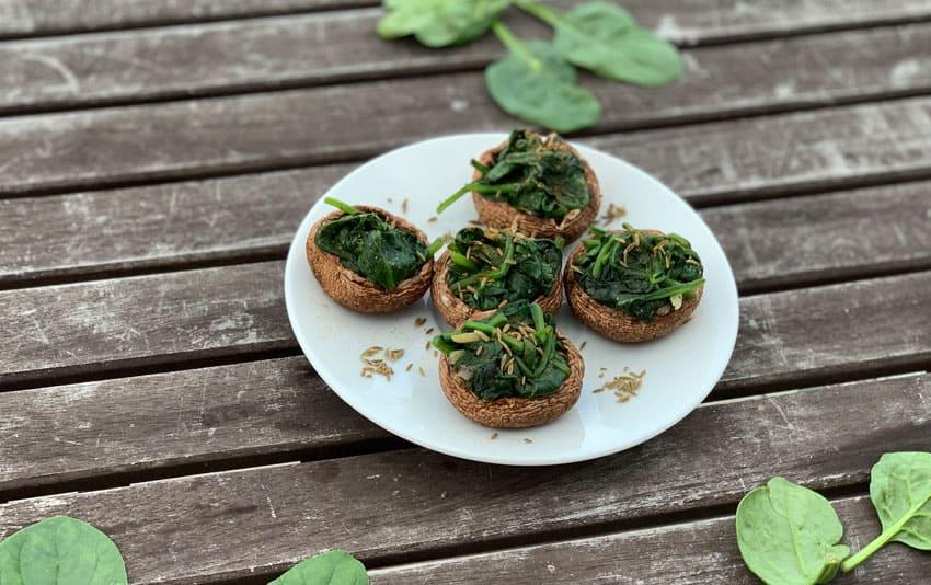 Gefüllte Champignons mit Spinat