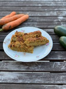 Zucchini-Karotten Schnitten